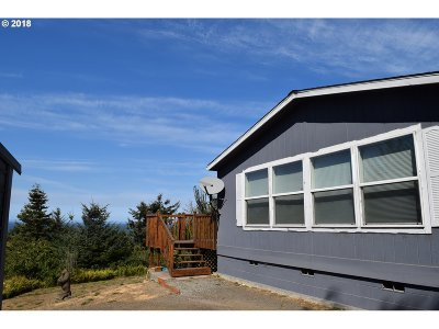 Gold Beach OR Single Family Home For Sale: $249,000