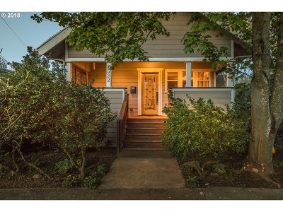 Portland Single Family Home For Sale: 2522 SE 41st Ave