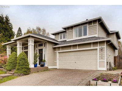 Clackamas Single Family Home For Sale: 13960 SE 154th Dr