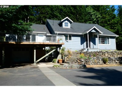 Gold Beach OR Single Family Home For Sale: $449,000
