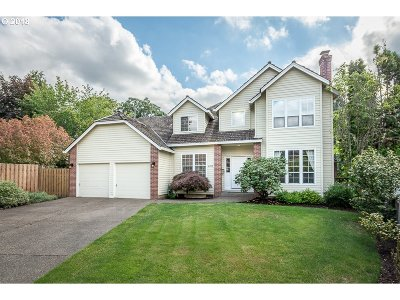Beaverton Single Family Home For Sale: 6915 SW 169th Pl