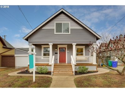 Single Family Home For Sale: 5244 NE Everett St