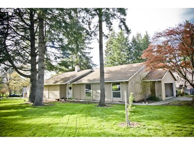 Beaverton Single Family Home For Sale: 7175 SW Hyland Way Ct