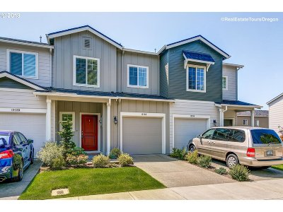 Tigard, Portland Single Family Home For Sale: 12188 SW Versailles Rd