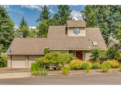 West Linn Single Family Home For Sale: 2331 Athena Rd
