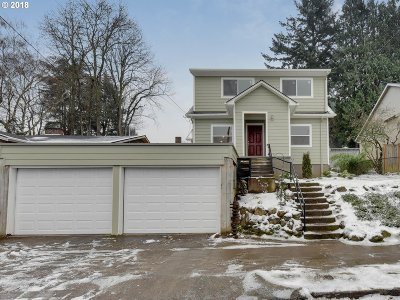 Portland Single Family Home For Sale: 2748 NE Bryant St