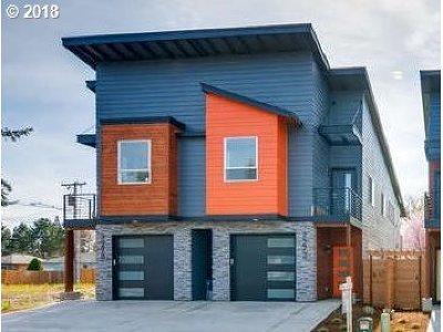 Hillsboro Single Family Home For Sale: 7278 SE Johnson St