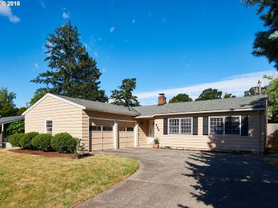 Beaverton Single Family Home For Sale: 525 SW 139th Ave