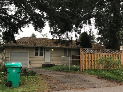 Portland OR Multi Family Home For Sale: $259,000