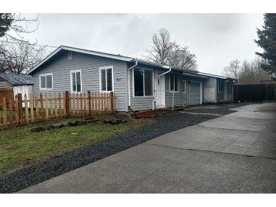 Eugene Single Family Home For Sale: 967 Virgil Ave