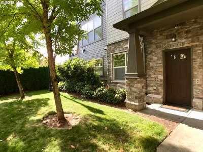 Hillsboro, Cornelius, Forest Grove Condo/Townhouse For Sale: 20568 NW Brentford Ter