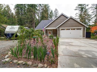 Clackamas County Single Family Home For Sale: 64984 E Lupine Dr