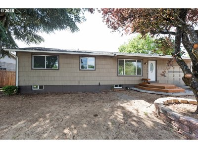 Single Family Home For Sale: 1611 SE 152nd Ave
