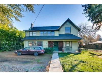 Hillsboro Multi Family Home For Sale: 548 SE 6th Ave