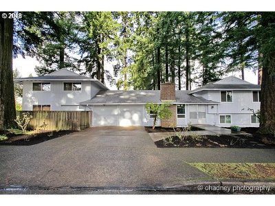 Portland OR Single Family Home For Sale: $324,000