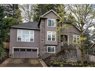 Tigard Single Family Home For Sale: 13252 SW Maplecrest Ct