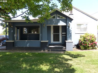 Multnomah County Single Family Home For Sale: 4427 NE Prescott St
