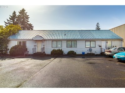 Newberg, Dundee, Mcminnville, Lafayette Multi Family Home For Sale: 1038 SW Cedarwood Ave