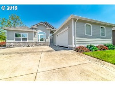 Cottage Grove, Creswell Single Family Home For Sale: 358 Pebble Beach Dr