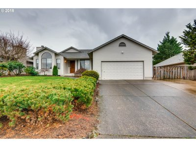 Tigard Single Family Home For Sale: 12232 SW Morning Hill Dr