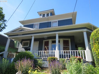 Portland Multi Family Home For Sale: 3051 SE Belmont St