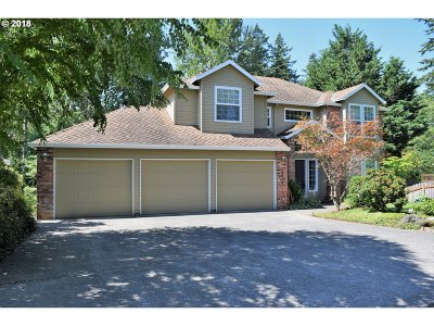 Gresham Single Family Home For Sale: 4868 SE Woodland Way
