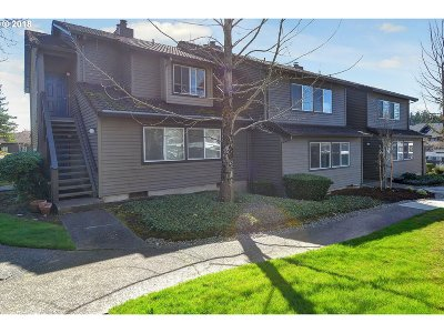 Beaverton Condo/Townhouse For Sale: 9370 SW 146th Ter #2