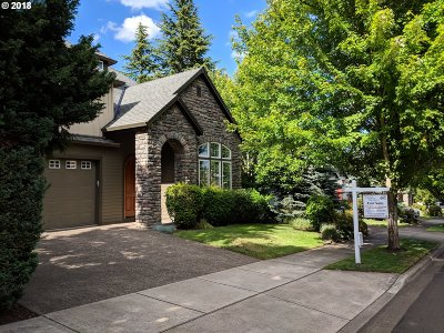 Tigard Single Family Home For Sale: 12813 SW Winterview Dr