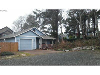 Lincoln City Single Family Home For Sale: 3475 NW Marine Ave