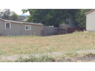 Roseburg Residential Lots & Land For Sale: NE Nash St