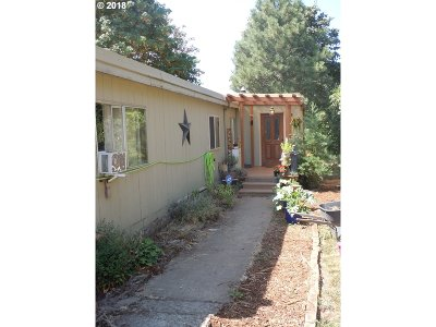 Molalla Single Family Home For Sale: 38975 S Prospect Dr