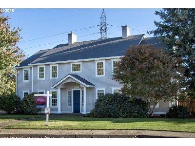 Portland Single Family Home For Sale: 14218 NW Dunbar Ln