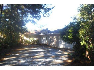 Bandon Single Family Home For Sale: 88587 Weiss Estates Ln