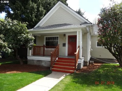Single Family Home For Sale: 1104 SE Miller St
