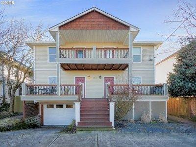 Condo/Townhouse For Sale: 424 NE Morris St #B