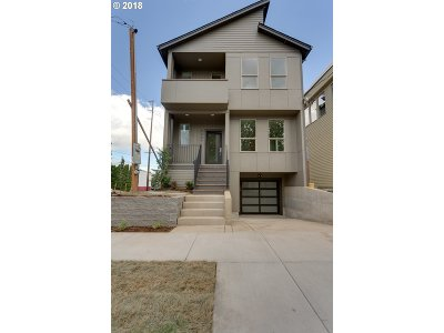 Single Family Home For Sale: 5489 N Bowdoin St