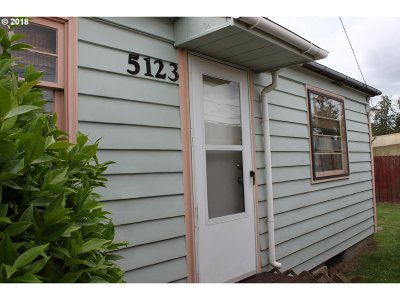Portland Single Family Home For Sale: 5123 NE 112th Ave