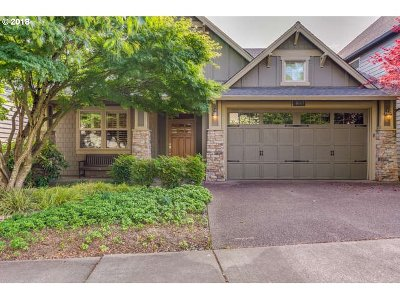 Milwaukie, Clackamas, Happy Valley Single Family Home For Sale: 11667 SE Aerie Crescent Rd
