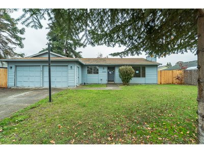Hillsboro, Cornelius, Forest Grove Single Family Home For Sale: 2350 SE 53rd Ave