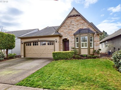 Woodburn Single Family Home For Sale: 654 Tukwila Dr