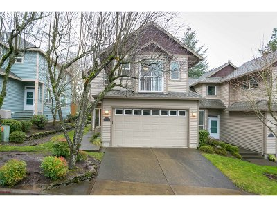 Lake Oswego Single Family Home For Sale: 14796 Davis Ln