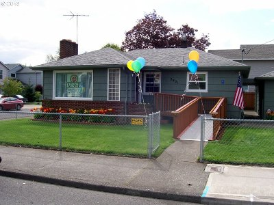 Single Family Home For Sale: 2901 SE 122nd Ave