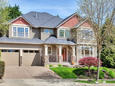 West Linn Single Family Home For Sale: 3067 Roxbury Dr