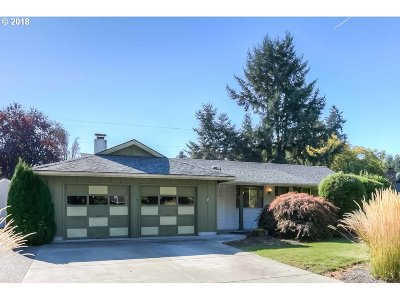 Albany Single Family Home Sold: 214 Springwood Dr