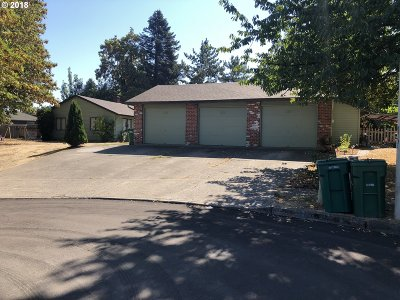 Troutdale Multi Family Home For Sale: 236 SW Edgefield Ct