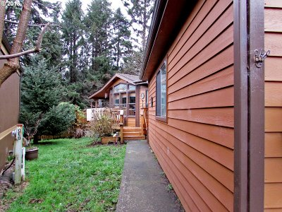 Brookings Single Family Home For Sale: 19921 Whaleshead Rd #OL9
