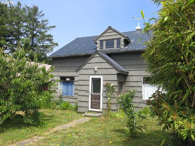Single Family Home For Sale: 35 Fern