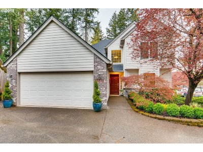 Portland Single Family Home For Sale: 5090 SW Laurelwood Ave