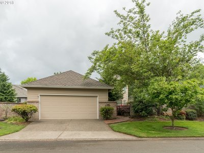 Wilsonville Single Family Home For Sale: 32195 SW Lake Dr