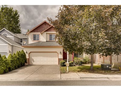 Beaverton Single Family Home For Sale: 14725 NW Glacier Ln